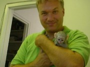 2 Капуцин обезьян для свободного принятия.